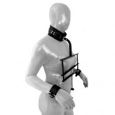 Brystklemme med cuffs og collar