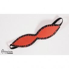 Avalon - Blindfold med søm - Rød og sort