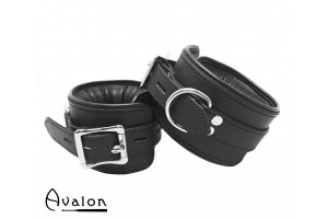 Avalon - ALCHEMY - Polstrede Fotcuffs - Sort